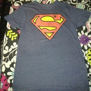 Graphic tee Superman logo